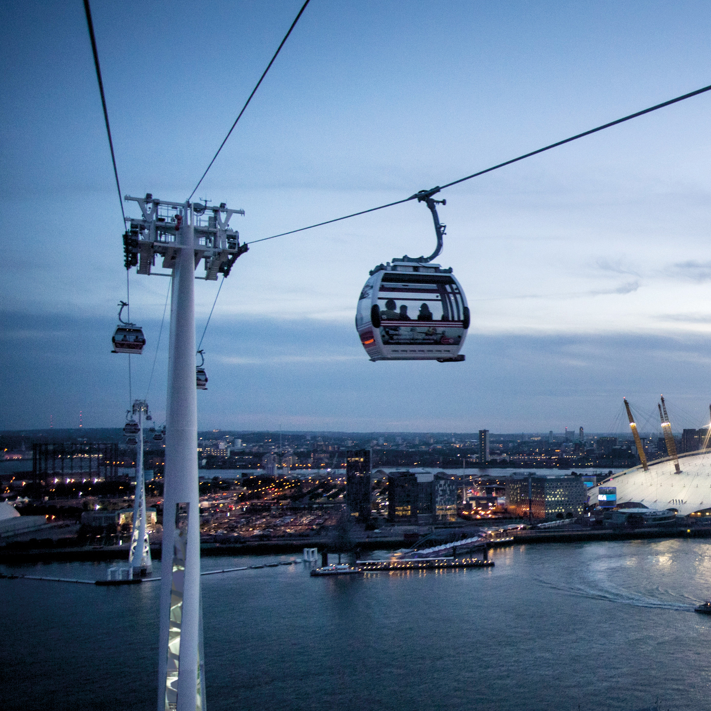 london-cable-car-lighting - Copia