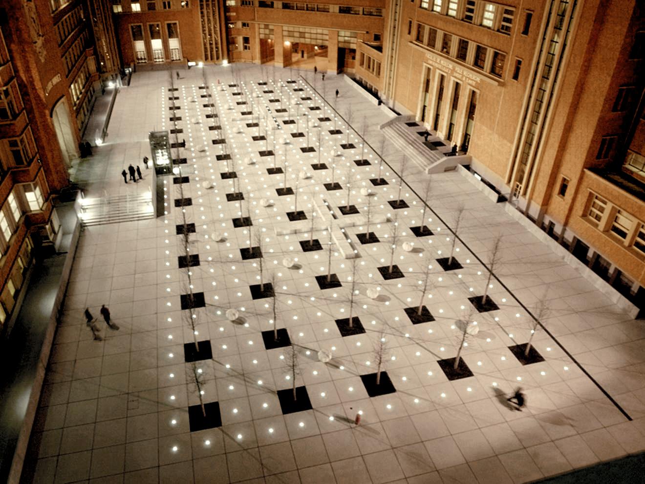 Nanoled Simes griglia piazza