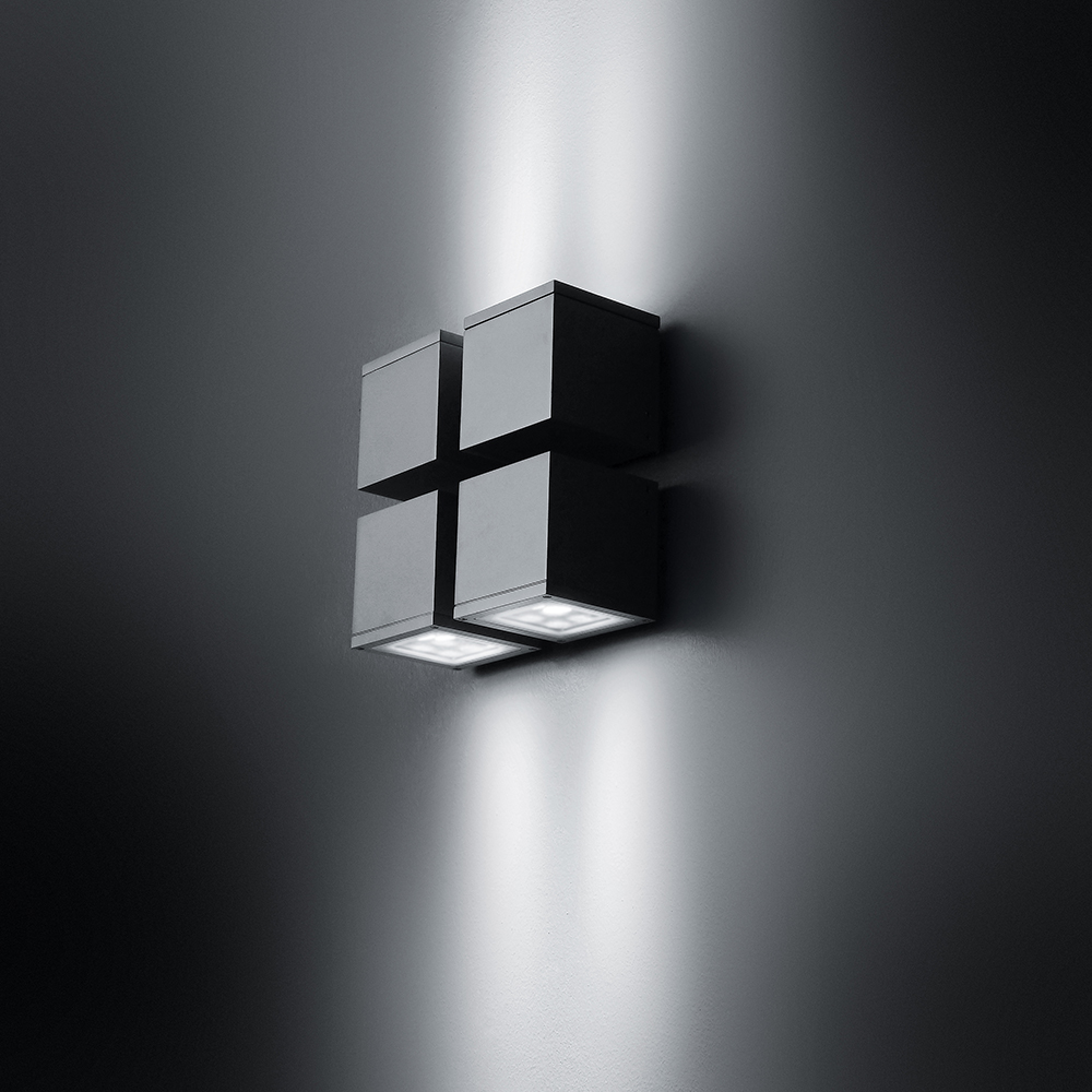 Loft Quadrato Effetto Parete